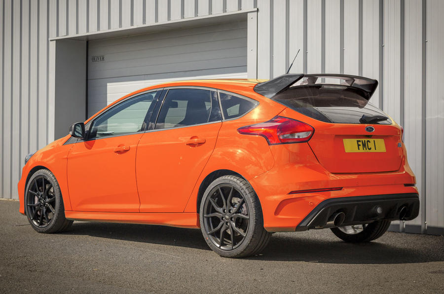 based on rs edition with unique deep orange exterior body colour 0